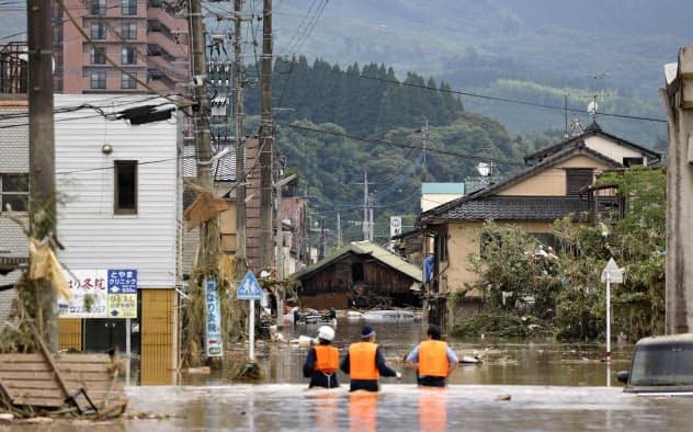 熊本豪雨で1人死亡、15人心肺停止 老人ホーム浸水