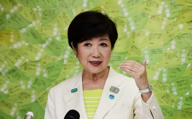 東京都知事、小池氏圧勝で再選 コロナ下の選挙戦制す