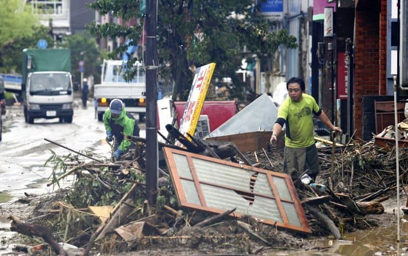 福岡・長崎・佐賀に大雨特別警報 熊本の死者44人に