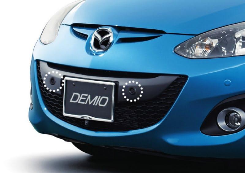 車両の前後に装着する超音波センサーで障害物を検知する