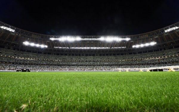 国立競技場の芝は専門家が入念に管理している=日本スポーツ振興センター提供