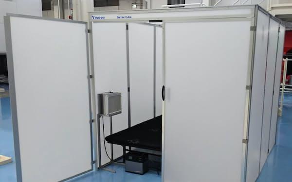 大気社が開発した簡易シェルター「バリアーキューブ」。避難所で利用できる