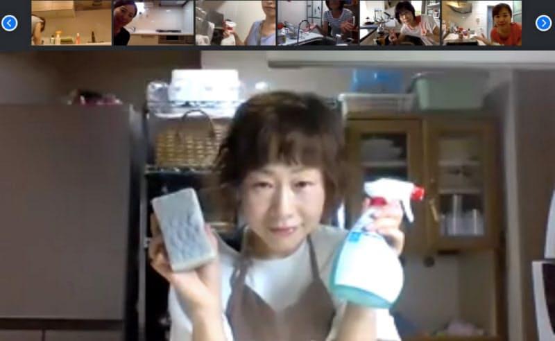 タスカジが始めたオンラインの家事教室。講師の指導のもと、料理や掃除に取り組む