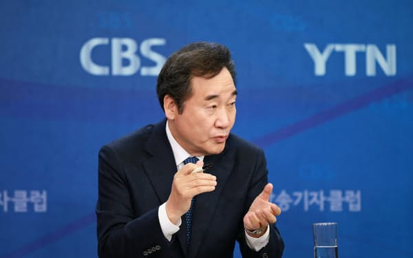 韓国与党「共に民主党」の李洛淵前首相(4月、ソウル)
