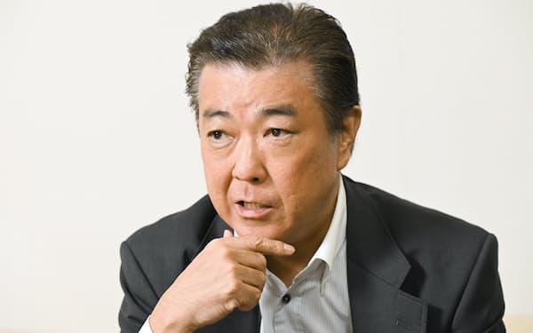 つぼた・ともおき 1960年大阪市生まれ。84年に同志社大学経済学部を卒業し、日本IBM入社。2014年常務執行役員兼大阪事業所長。公募に応じて20年4月に大阪府のCIO(最高情報統括責任者)・スマートシティ戦略部長に就任。