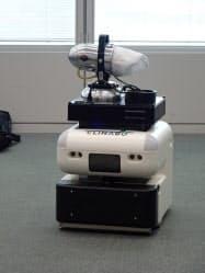 高輪ゲートウェイ駅で実証実験する消毒作業ロボット