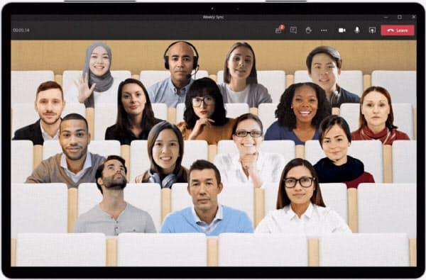 マイクロソフトはビデオ会議の参加者が同じ部屋にいるように見せる「トゥギャザーモード」を開発した