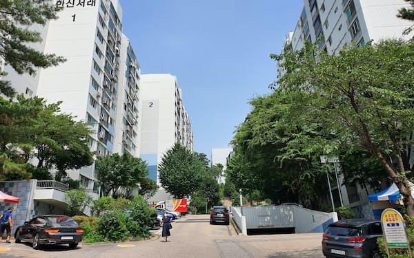 盧英敏秘書室長が保有するソウルのマンションは閑静な住宅街にある