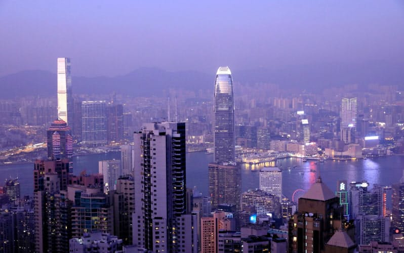 香港国家安全維持法の施行を受けて、香港に拠点を置く米IT(情報技術)大手の域外転出が進みそうだ=ロイター