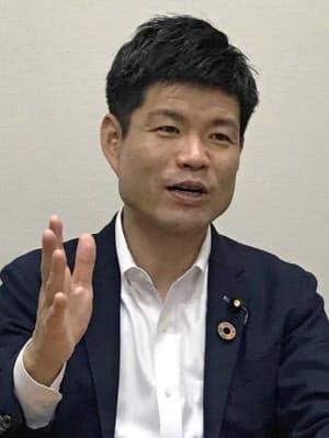 かつまた・たかあき 慶大院修了。環境政務官など歴任。党財務金融部会長代理。二階派。衆院比例東海、44歳。