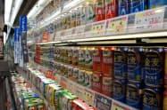 スーパーでは第三のビールの品ぞろえが増えている(首都圏のスーパー)