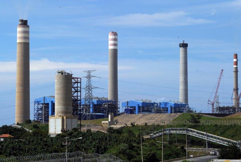 石炭火力輸出の支援条件を厳格化する(インドネシア・ジャワ島の火力発電所建設現場)