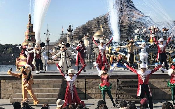 クリスマスのショーは毎年人気(2019年11月、千葉県浦安市)