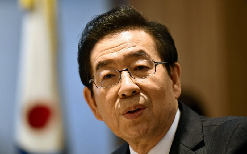 ソウル市長なぜ自殺 韓国に潜む政治的風土も