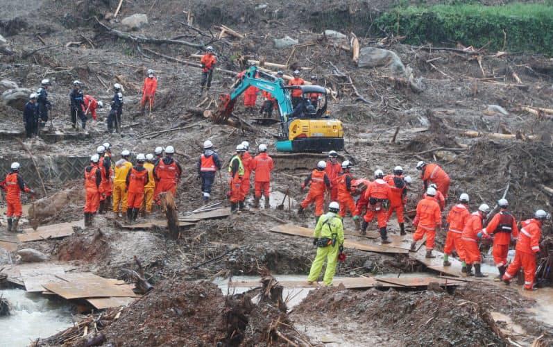 熊本豪雨1週間、行方不明者の捜索続く