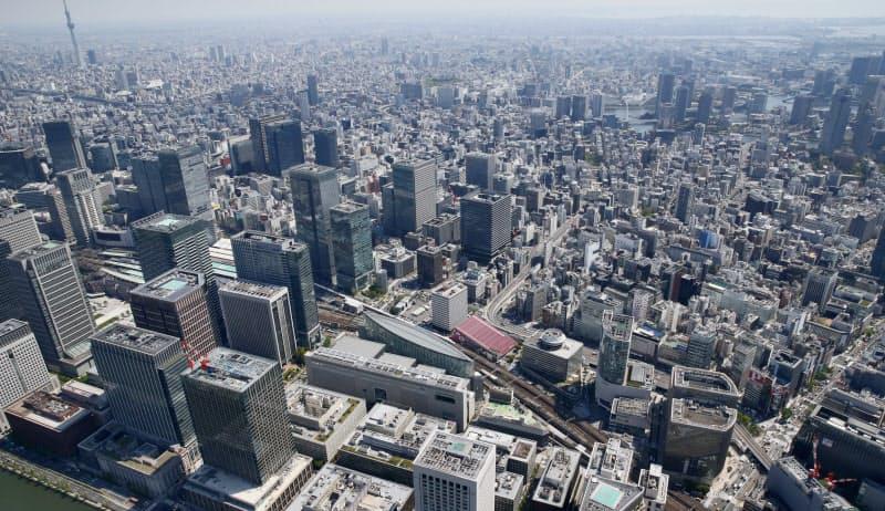 高層ビルが林立する東京の中心部