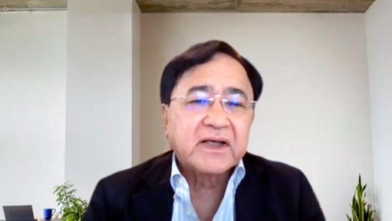 取材に応じる東芝社外取締役で取締役会議長の小林喜光氏