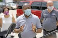 新型コロナウイルスが拡大しているテキサス州ヒューストンのシルベスター・ターナー市長=AP