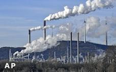米年金、ESG投資に逆風 「利益」重視に反発も