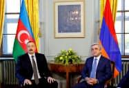 2017年10月にジュネーブで紛争解決に向けて協議したアゼルバイジャン、アルメニアの両国大統領=ロイター