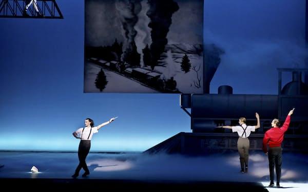 2012年にニューヨークで再演されたフィリップ・グラス「浜辺のアインシュタイン」  (C)The New York Times/アフロ