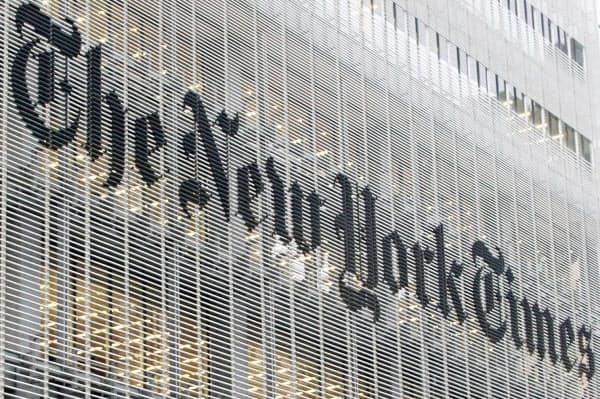ニューヨーク・タイムズの本社=AP