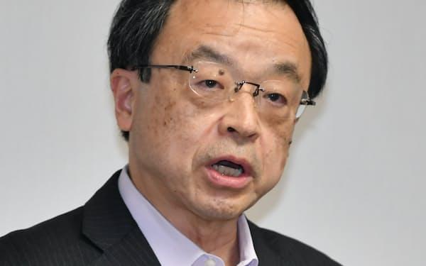 就任の記者会見をする林検事総長(17日、東京・霞が関)