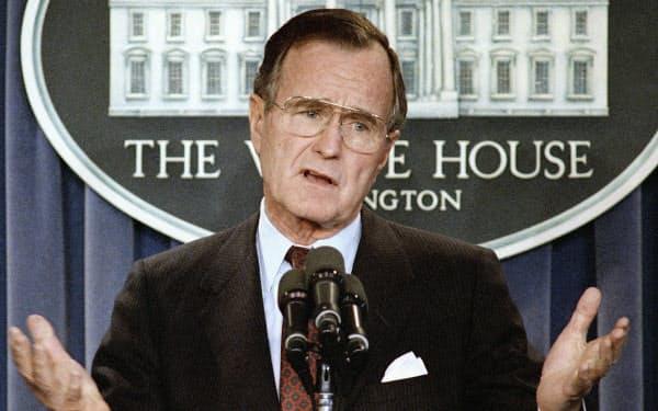 第41代ブッシュ(父)大統領(AP)