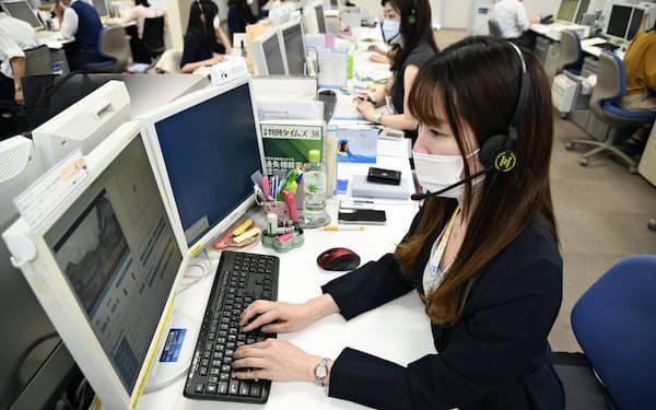 報告書作成はAIに担わせ、社員は心情に寄り添ったコミュニケーションに集中(7月上旬、東京都内のサービス拠点)