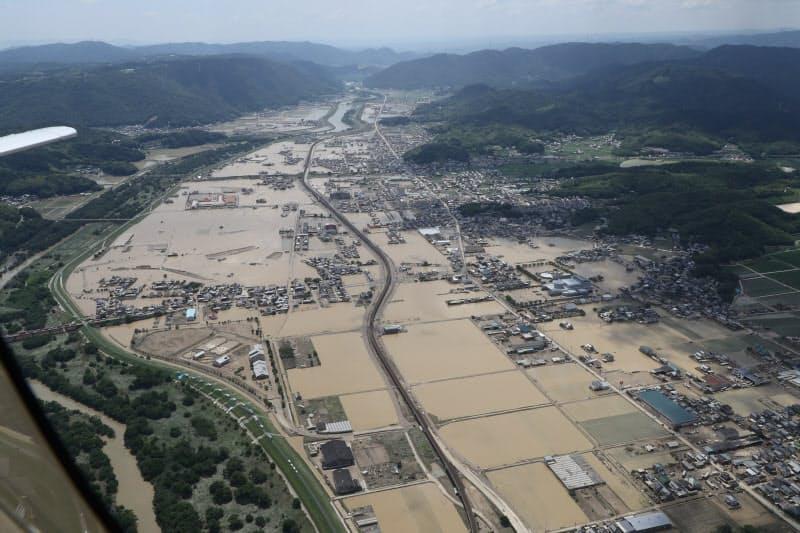 2018年の西日本豪雨で冠水した市街地(岡山県倉敷市)