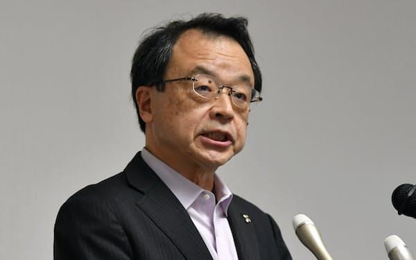 就任の記者会見をする林真琴検事総長(17日、東京・霞が関)