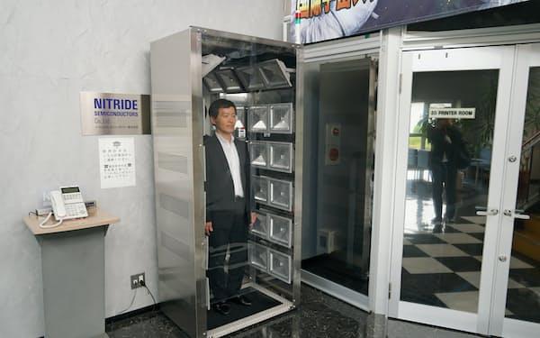 ナイトライドが医療機関向けに開発した殺菌ボックス