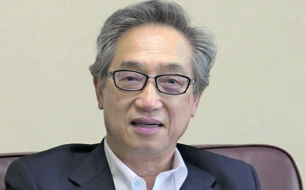 インタビューに答えるMisumiの岡恒憲社長