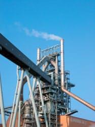 高炉の一時休止で粗鋼生産量が落ち込んだ
