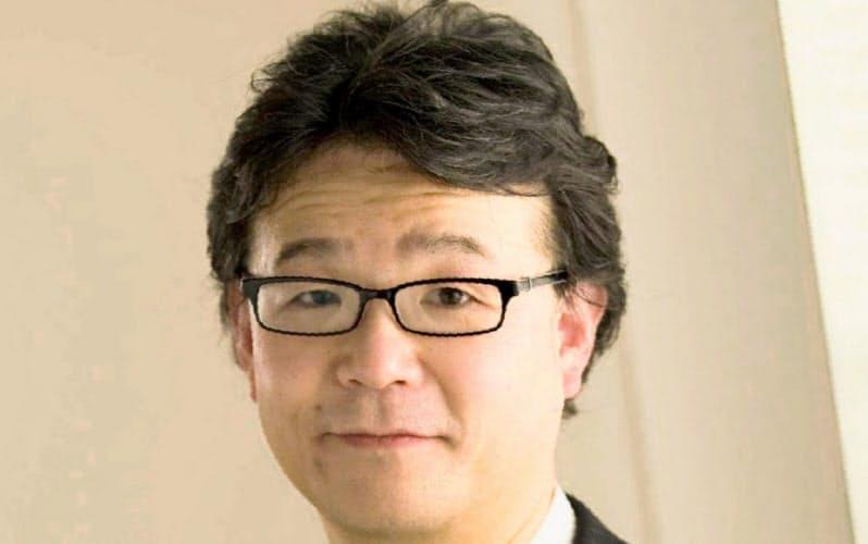 長野県立大学キャリアセンターの穴山悌三センター長