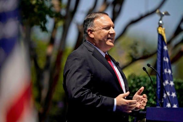 ポンペオ米国務長官は中国を痛烈に批判した(23日、カリフォルニア州)=ロイター
