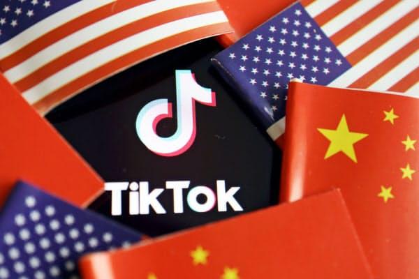 「ティックトック」の成功で中国のバイトダンスは未上場スタートアップとしては評価額世界一を誇るが…=ロイター