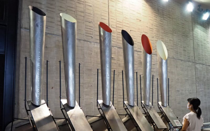EXPO'70パビリオンに展示されているバシェの音響彫刻
