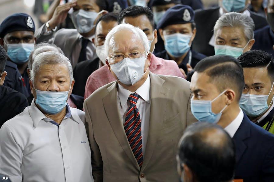 マレーシア元首相に有罪判決 政府系ファンド汚職事件: 日本経済新聞