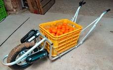 過酷なミカンの収穫、電動手押し車で「すいすい」