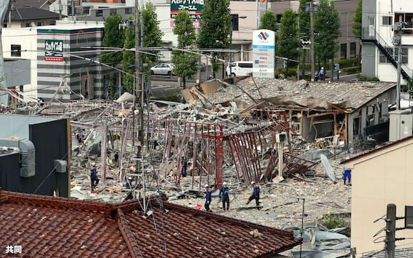 爆発があった福島県郡山市の飲食店の現場(30日午後3時)=共同