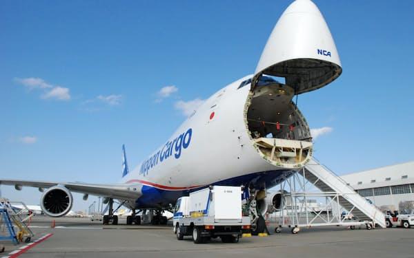 日本貨物航空では旅客便が減った影響で運賃が上がった