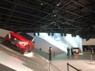 展示している新型車の試乗もできる(横浜市内)