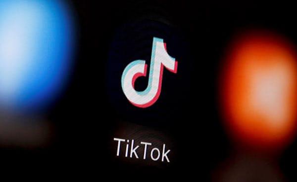 トランプ米政権は「TikTok(ティックトック)」排除の圧力をかける=ロイター