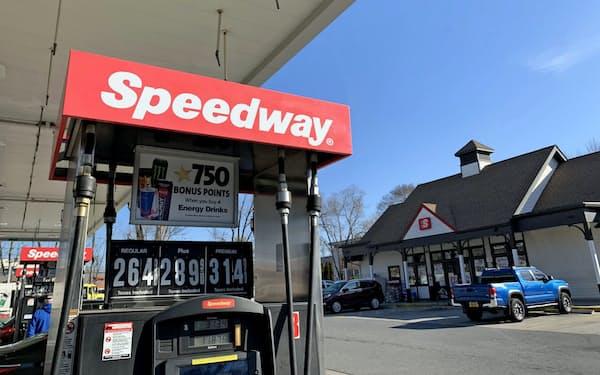 セブン&アイによる巨額買収の発表は外為市場でも話題になった(米ニューヨーク州のスピードウェイの店舗)