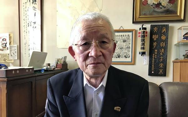 津軽鉄道の沢田長二郎社長(青森県五所川原市の津軽鉄道本社)