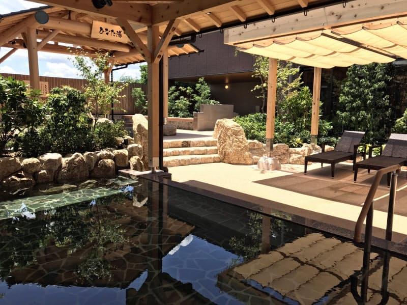 温泉コーナーの露天風呂
