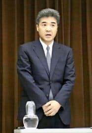 就任の記者会見をした津地検の森本宏検事正(3日午後、津市)=共同
