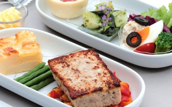 日航の国内線ファーストクラスの8月の機内食は宮城の食材が使われている