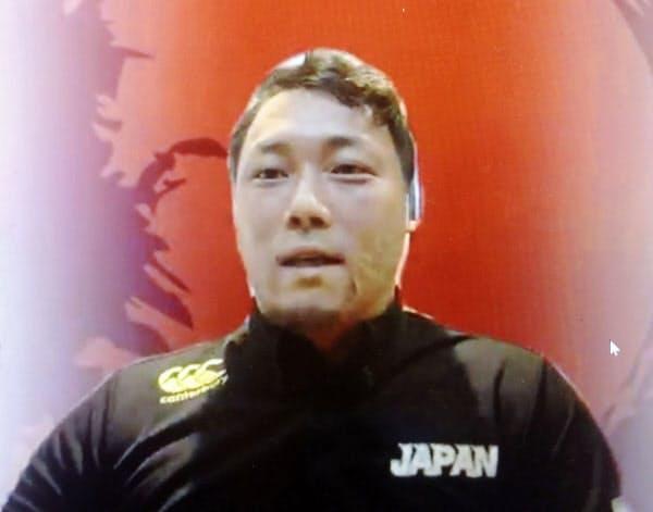 オンラインで取材に応じる、車いすラグビーの日本代表主将の池透暢(4日)=共同